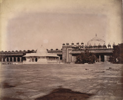 General view of the tombs of Shaikh Salim Chishti and Islam Khan, Fatehpur Sikri